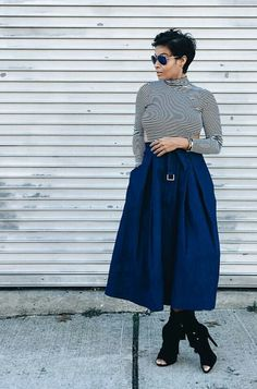 Women's Clothing Lot Of 2 Lularoe Pencil Skirt Womens Sz Sm 1 Solid Green 1 Blue Polkadots 123g Harmonious Colors