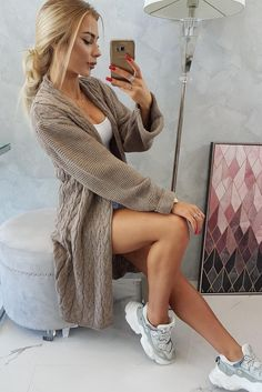 Cardigan Outfits, Brixton, Sweater Fashion, Casual Chic, Underarm, Overalls, Braids, Wool, Elegant