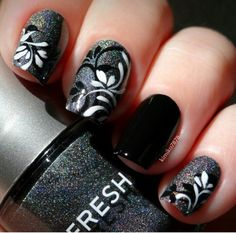 Las etiquetas más populares para esta imagen incluyen: nails, black y nail art