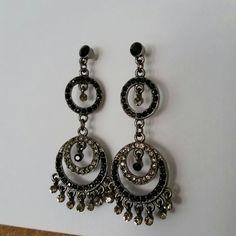 Chandelier earrings Black and gunmetal grey Jewelry Earrings