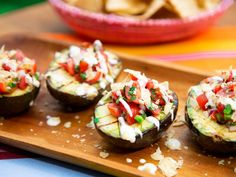 "Inside Out Stuffed Avocados (Summer in a Snap) - Jeff Mauro, Geoffrey Zakarian, Katie Lee & Sunny Anderson, ""The Kitchen"" on the Food Network. Grilled Avocado, Ripe Avocado, Avocado Roll, Stuffed Avocado, Avocado Crema, Grilled Food, Grilled Chicken, Best Avocado Recipes, Healthy Recipes"
