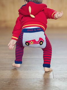 Crab and The Fox is a funky, cool baby clothes and modern nursery retailer. Funky Baby Clothes, Blade And Rose, Baby Leggings, Hoodies, Sweatshirts, Baby Car, Cool Designs, Classic Cars, Fox