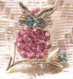 Vintage Lisner Rhinestone Owl Brooch
