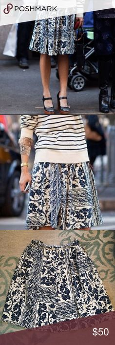 """Zara Midi Skirt Love this skirt but after having a baby it's not flattering on my new body! Beautiful blue floral design. Perfect skirt for the fall as the material is slightly heavy. Stretchy waist. 98% Cotton 2% Spandex. 34"""" length. Zara Skirts Midi"""