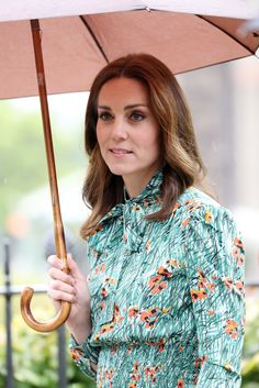 Catherine, Duchess of Cambridge is seen during a visit to The Sunken Garden at Kensington Palace on August 30, 2017 in London, England. The garden has been transformed into a White Garden dedicated in the memory of Princess Diana, mother of Prince WIlliam, Duke of Cambridge and Prince Harry.