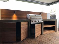 52 Best Outdoor Kitchen and Grill Ideas for Summer Backyard Barbeque Modern Outdoor Kitchen, Outdoor Kitchen Bars, Patio Kitchen, Outdoor Spaces, Small Outdoor Kitchens, Kitchen Soffit, Kitchen Walls, Kitchen Appliances, Backyard Barbeque