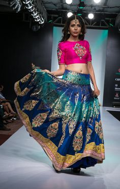 blue banarsi silk lehengas , crop top lehenga , pink crop top