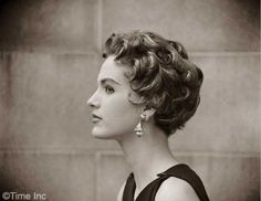 Beautiful 1950 Hairstyles for Short Hair