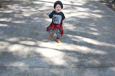 One Love bob marley toddler tee, rasta baby, toddler tees, unisex baby clothes, unisex kids clothing, music t shirts, reggae clothing, BLACK by BeautifulMelodyShop on Etsy https://www.etsy.com/listing/252844223/one-love-bob-marley-toddler-tee-rasta