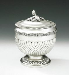 An extremely rare George III Caviar Vase & Cover made in London in 1816 by…