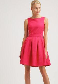 Ein schickes Kleid in frischer Farbe. mint&berry Cocktailkleid / festliches Kleid - barberry für 53,95 € (29.03.16) versandkostenfrei bei Zalando bestellen.