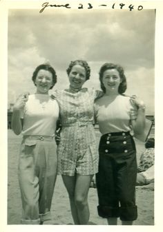 Girls at the beach 1940