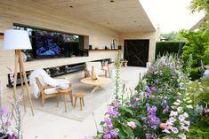 Chelsea Flower Show 2016 Retrospective: The LG Smart Garden – The Frustrated Gardener Chelsea Flower Show, Landscape Design, Garden Design, Chelsea Garden, Smart Garden, Garden Show, Backyard, Patio, Outdoor Furniture Sets