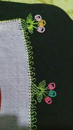 125 Grain Crochet Embroider Edges All Beautiful Zwei Blätter Drei Blumen Häkelspitze, Baby Knitting Patterns, Knitting Wool, Arm Knitting, Crochet Trim, Crochet Lace, Joining Yarn, Flower Embroidery Designs, Lace Making, Lace