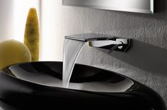 Waterfall Faucet from Newform - new thin Flu-x This is certainly the thinnest waterfall faucet ever seen: the new Flu-x from Newform. Its unusual thinness makes the Flu-x an iconic addition to a Dream Bathrooms, Amazing Bathrooms, Modern Bathroom, Small Bathroom, Bathroom Ideas, Modern Faucets, Best Bathroom Faucets, Washroom, Bath Taps