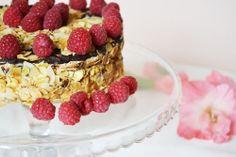 Życie w apetycie: TORT MIGDAŁOWO-KAWOWY