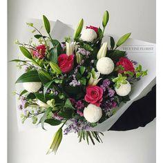 True Vine Florist. Florist Based in Sydney inner west. Order yours today. The flower bouquet #sydneyflorist #sydneyflowers #bouquet #flowers #chrysanthemum #floral #staticeflower #flowerarrangement #sydney #flower #rose #present #truevineflorist #pompoms #flowergift #flowerdelivery #roses #stylishflowers #floraldesign #happyflowers #lilybouquet #lilies #lilyflower #rose #love #sydneyflowerdelivery #sydneywedding #weddingflowers