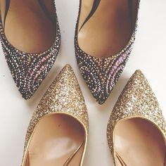 Sparkly Pointy-toed flats--- a great addition to any outfit for that extra glitz! :: sparkles:: glittery shoes:: Flats
