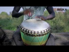 Traditional Djembe drummer - YouTube