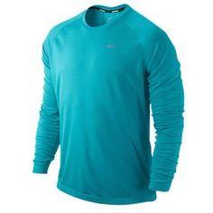 The Nike Miler Long-Sleeve T-Shirt is made from recycled polyester, to keep you running in and caring for the environment.