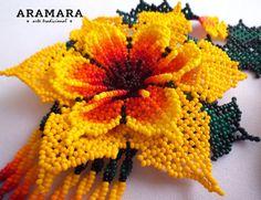 Mexicana Huichol cuentas flor collar CFG-0063 Huichol arte Huichol Art, Mexican Jewelry, Beading Tutorials, Flower Necklace, Bead Art, Beaded Flowers, Seed Beads, Crochet Earrings, Crochet Hats