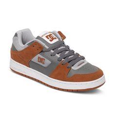 Manteca - DC Shoes Low Top Schuhe für Männer  Manteca Low Top Schuhe von DC Shoes. Die Eigenschaften dieses Produkts sind: Low Top Schuhe, Eine für den Herbst 2015 neu gestaltete, ikonische DC Silhouette und gleicher Look wie das Original, aber modernisiert. Dieses Produkt besteht aus: Obermaterial: Leder/Innenfutter: Textil/Außensohle: Gummi.  Merkmale:  Low Top Schuhe, Eine für den Herbst 201...