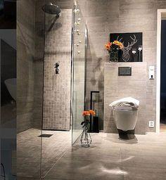 Inspire Me Home Decor, Home Decor Shops, Home Decor Items, Decorating Your Home, Interior Decorating, Small Space Bathroom, Rustic Apartment, True Homes, Colourful Living Room