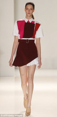 Victoria Beckham runway style / this garnet is perfect for USC Gamecock football fashion #garnetandblack #gococks
