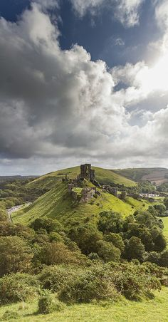"""Corfe Castle, England I Love it I can picture me on my Stallion """"Impressive Cardinal"""" Riding Out Leading My Knights. Beautiful Castles, Beautiful Places, Palaces, Corfe Castle, Castles In England, English Castles, English Countryside, Adventure Is Out There, Places To See"""