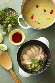 Cocotte Every Recipe Hainan Chicken Rice Hainan Chicken Rice, Cast Iron Pot, Chicken Legs, Le Creuset, Cooking Oil, Rice Cooker, Lemon Grass, Hong Kong, Recipes
