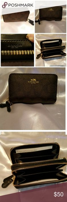 AUTHENTIC 🍒COACH SM WALLET This wallet will fit 12 credit cards. It's perfect fit for a small purse.  I have 2 and only need 1.  Never used Coach Bags Wallets