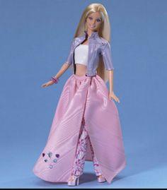 #barbie #barbiecollection Barbie Jewel Girl The 1st in a series on ever-flex waist. Mattel, 2000.