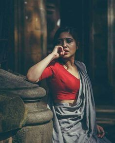 41 Ideas for drawing poses female awesome Beautiful Girl Indian, Beautiful Saree, Beautiful Indian Actress, Beautiful Roses, Indian Photoshoot, Saree Photoshoot, Photoshoot Ideas, Photography Poses Women, Indian Photography