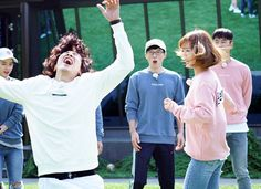 Running Man: Lee Kwang Soo blames Yoo Jae Suk for failure in his dating life Jun So Min, Running Man Korea, Yoo Jae Suk, Kwang Soo, Man Lee, Crocodiles, Dating, Couple Photos, Life