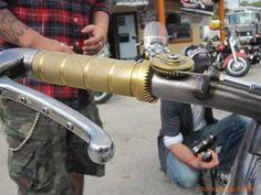 La redéfinition de la poignée de gaz... Jigsaw Style!