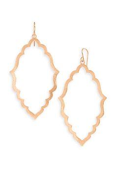 ooooooooh these earrings would make me so happy.  rose gold + gorgeous Moroccan shape.