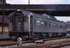 RDC (Rail Diesel Car) RDC's replaced gas electric cars in the late early Gas And Electric, Electric Cars, Black N White Images, Black And White, Baltimore And Ohio Railroad, System Map, Diesel Cars, Rolling Stock, Modern Artists