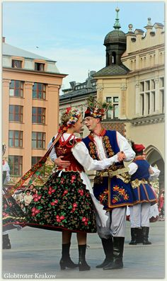 Polish Clothing, Polish Folk Art, Ethnic Outfits, Europe Fashion, Folk Fashion, Folk Costume, Nordic Style, Krakow, Dance Costumes