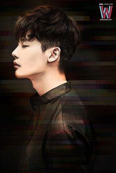 Kang Chul (W) Lee jong suk W Two Worlds Art, Between Two Worlds, W Korean Drama, Korean Drama Movies, Park Hae Jin, Park Seo Joon, W Kdrama, Kdrama Actors, Jung Yong Hwa