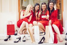 #Shopping : Avez-vous commencé à faire les #soldes Mesdames ? Découvrez notre nouvelle rubrique shopping #mode #femme #Blog #CompareDabord http://www.comparedabord.com/mode/shopping-femme