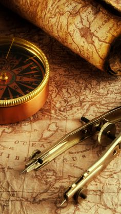 Vintage Compass Wallpaper Download wallpaper old map and