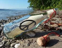 William Golding, Robinson Crusoe, Reading Art, Tarot Reading, Message In A Bottle, Plastic Waste, Messages, Corporate Gifts
