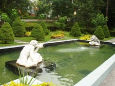 """The famous """"Spit and Spat"""" at Congress Park, Saratoga Springs"""