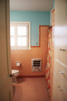 Personal Style Unique Colorful Bathrooms