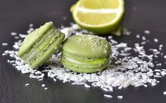 lime coconut macarons with white chocolate coconut ganache