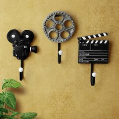 Shabby Chic Wall Hanger Coat Wall Hooks For Coat Hooks Home Decoration Accessories Film Equipment Vintage Hooks Coat Hooks Wall Mounted, Wall Hooks, Decorative Hooks, Decorative Accessories, Door Accessories, Deco Cinema, Movie Theater Rooms, Clothes Hooks, Deco Originale