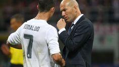 """Zidane põe fim a rumores sobre Ronaldo: """"Ele vai ficar connosco. Ponto final"""" https://angorussia.com/desporto/zidane-poe-fim-rumores-ronaldo-vai-ficar-connosco-ponto-final/"""