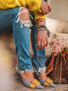 adb0b91704f How To Wear A Neon Outfit   Look Chic - The Silk Sneaker