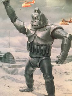 "The kaiju eiga (literally ""monster movie"" in Japanese) was born in 1954 with Ishiro Honda's landmark masterpiece Godzilla. Japanese Robot, Japanese Monster, King Kong, Giant Monster Movies, Robot Monster, Classic Monsters, Fantasy Movies, Cultura Pop, Vintage Japanese"