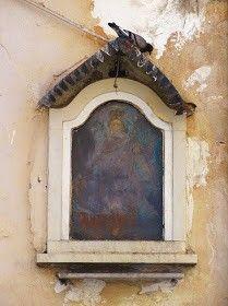 Edicola votiva a Palermo Madonna incoronata via Venezia.